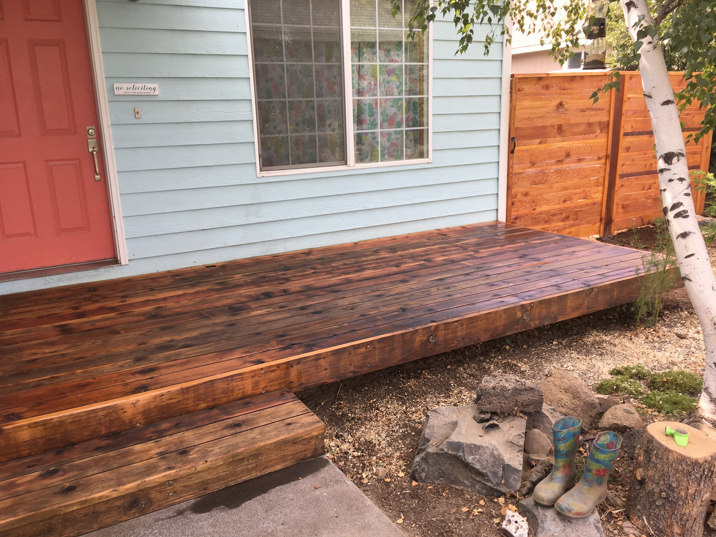 Deck With No Railing