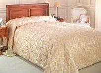 Bedspread.115220914-183x133.jpg