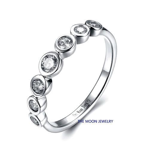 925純銀鍍18K白金高級仿鑽包邊鑲戒指