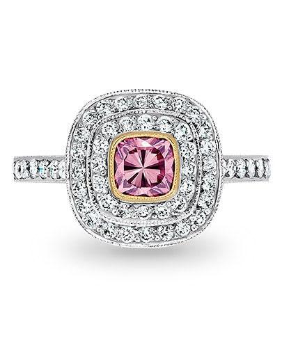 購買18K鑽石首飾