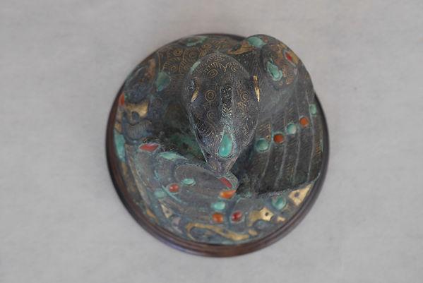 神獣形貴石象嵌青銅鎮, 中国美術, 戦国