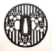 JT929桟木桐紋透鐔尾張-1.JPG