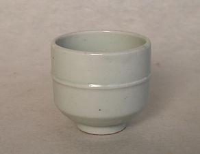 R23 李朝白磁弦文杯