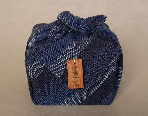 李朝白磁染付牡丹文杯, 朝鮮美術, Korean art, 陶磁器, 焼き物