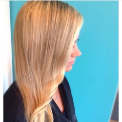 Long Blonde haircolor and cut