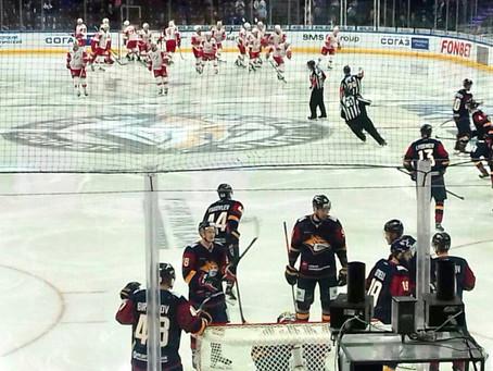 Дети посетили хоккейный матч