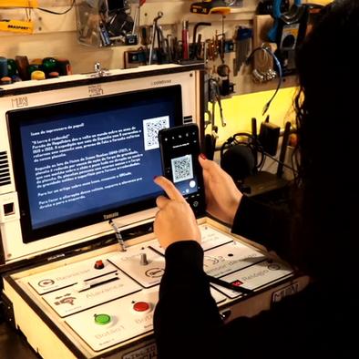 Biblioteca Mário de Andrade recebe dispositivos de leitura desenvolvidos pelo BiblioHack Lab