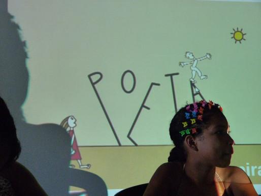 Escolas públicas apostam na cultura digital para incentivar a leitura entre crianças
