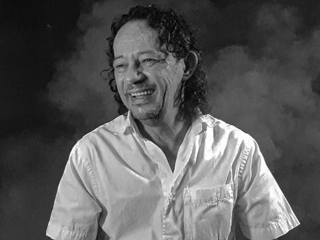 O tempo de poesia pela pena de Gilson Cavalcante