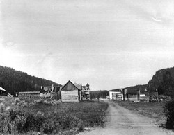 1900's Old wagon road into Coooke City, looking east