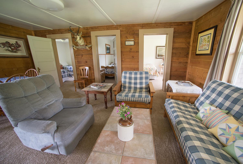 Yellowstone Rental Living Room