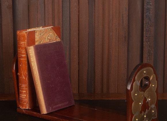 Victorian Book Slide/Rest