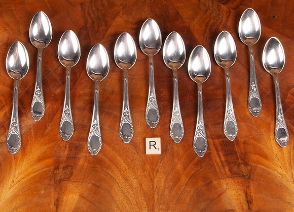 Early 20th Century Set of 11 Silver Plated Tea Spoons