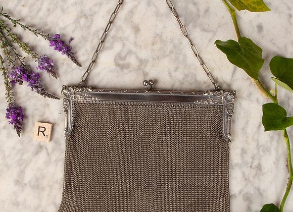 A Large Silver Plated Mesh Purse/Handbag