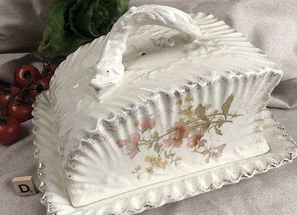 Large Victorian Cheese Dish with Hydra Handle