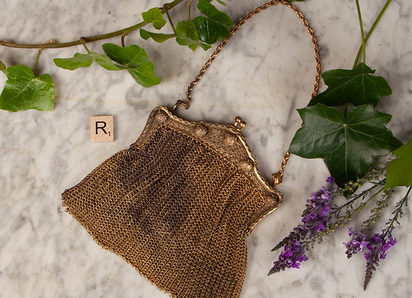 An Early 20th Century Gilt Mesh Purse