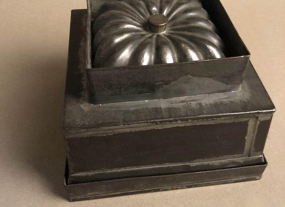 Square Tin Kitchen Mould