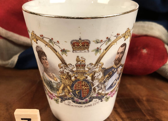 Commemorative Bone China Tumbler King George V and Queen Mary