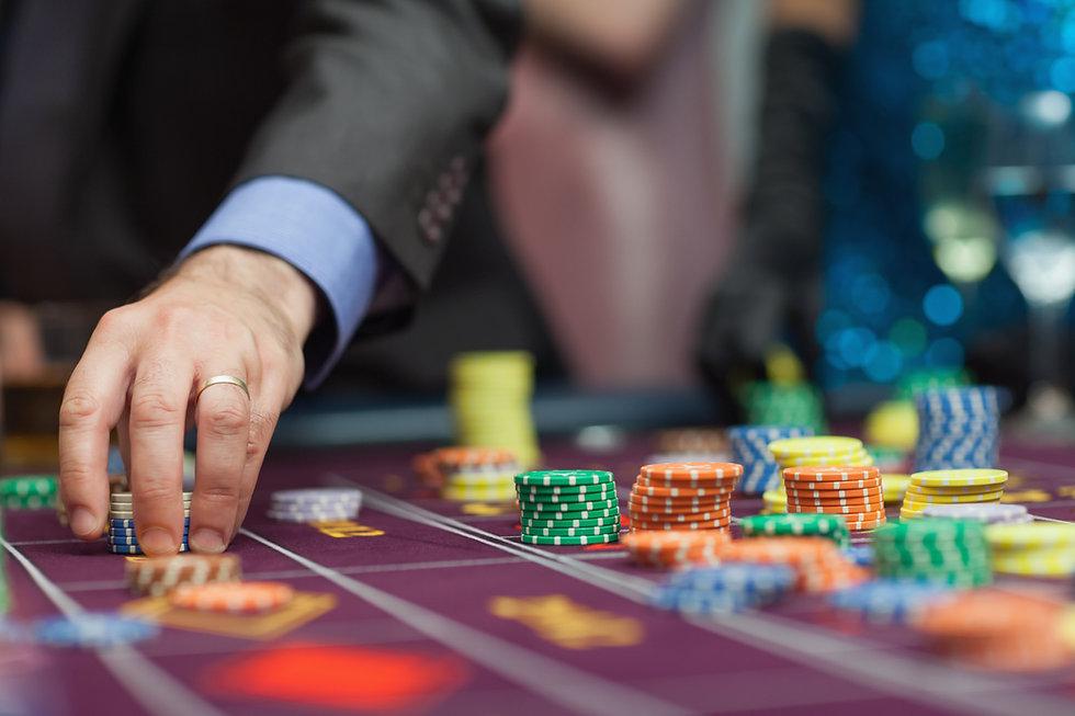 man-placing-bet.jpg