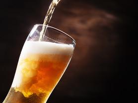 広島の飛び切り美味しいビールはピカピカに輝くグラスから