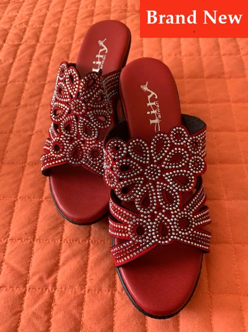 Lily Red Wedges