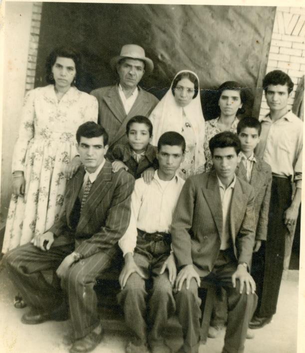 אלבום משפחת בוזורגי, קרית שמונה (תאריך לא ידוע)