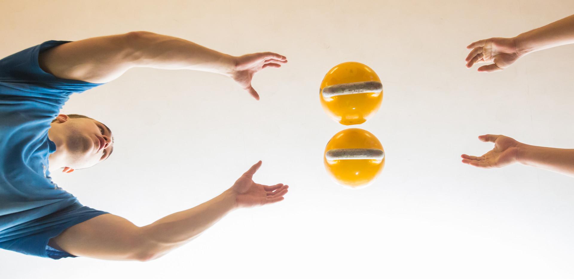 Силовое жонглирование
