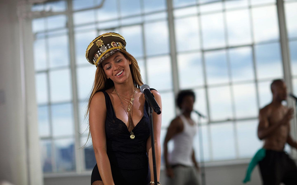 Beyonce-Love-on-top-beyonce-34039025-1440-900.jpg