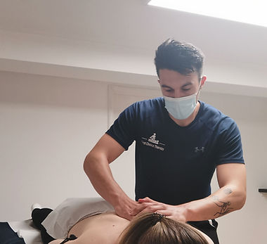Deep Tissue Massage and sports massage in bishops waltham. relaxing massage and soft tissue therapy