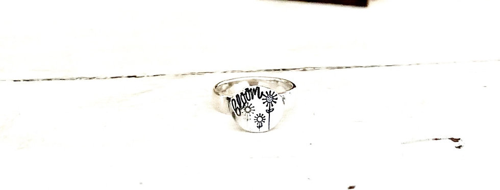 Bloom child's Sterling silver ring size 4