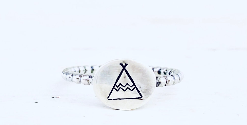 Teepee Oval Signet Ring