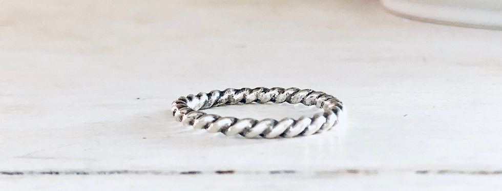 Skinny Twist Stackable Ring 2mm