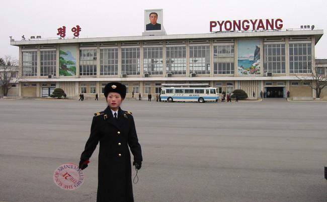 Τρίτη σύλληψη αμερικανού στη Βόρεια Κορέα - Λάδι στην αναμμένη φωτιά της Χερσονήσου