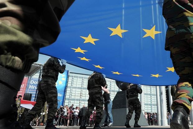 Ο Ευρωστρατός ante portas - «Πάρτι» της  γερμανικής και γαλλικής πολεμικής βιομηχανίας