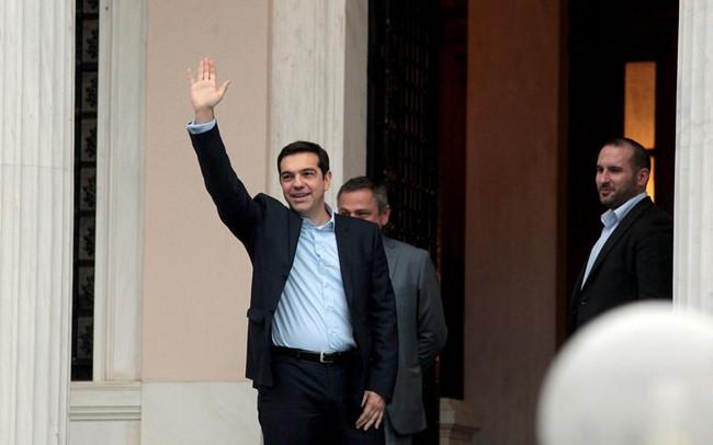Στο Μέγαρο Μαξίμου ο Ρουβίκωνας - «Στα Βρυξελάδικα» το επόμενο ραντεβού τους με τον έλληνα πρωθυπουρ