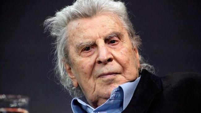 Μίκης Θεοδωράκης: «Απεχθής ενέργεια και έγκλημα κατά της Ανθρωπότητας» η πώληση όπλων της Ελλάδας στ