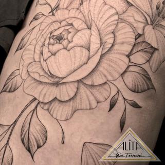 alita_de_Ferrari_wolf_philly_tattoo_peon