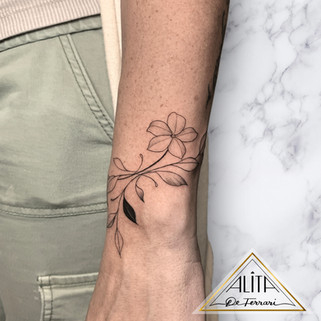 alita_de_ferrari_miami_fine_line_tattoos