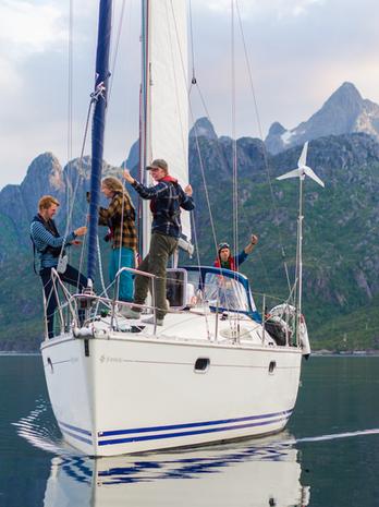 Ved-Trollfjorden-FOTO-August-Gautun-Natu