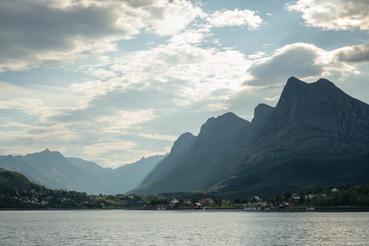 Fjell-i-Helgeland-FOTO-Thor-Due-Natur-og