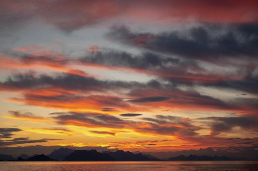 Nordnorsk-lys-FOTO-Thor-Due-Natur-og-Ung
