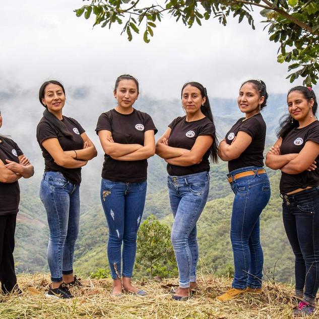 """Asociación de Mujeres Caficultoras """"Los Lirios de Chirinos"""""""