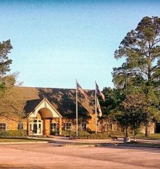 Gleanlock Pines club house pic.jpg
