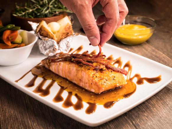 Salmon with Mustard Sauce