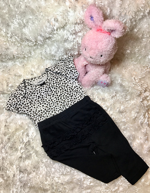 Newborn Carters Outfit (Girl)