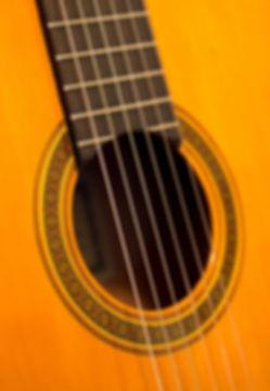 bass-classic-close-up-210876.jpg