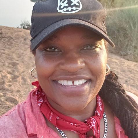 picture bandana hat africa.jpg