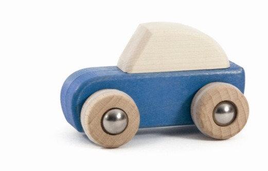 Holzauto Speed car mit Aufziehautomatik / Grün oder Blau