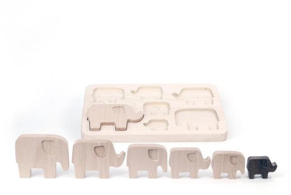 Elefanten Puzzle mit Steckbrett