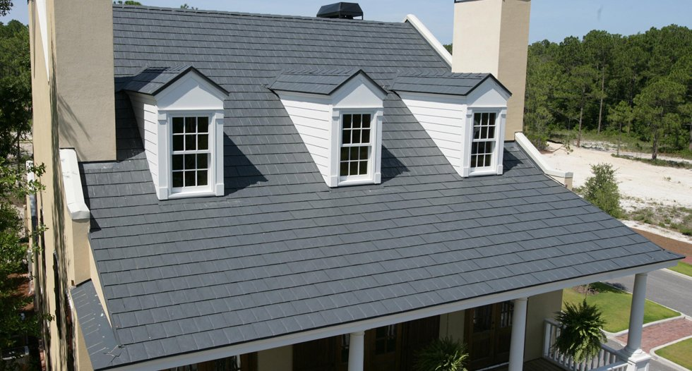 Interlock roof